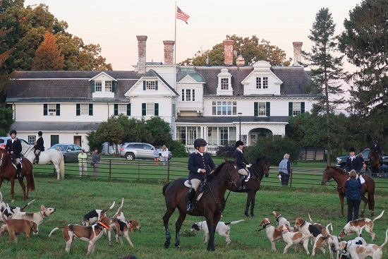 Genesee Valley Hunt fox hunting meet at The Homestead